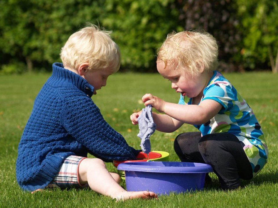 djeca-rade-vise-od-roditelja